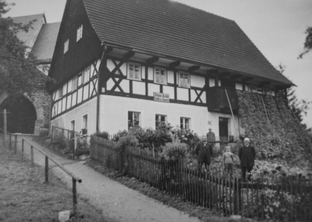 Johannes Kolbe - Sattler-Tapezier